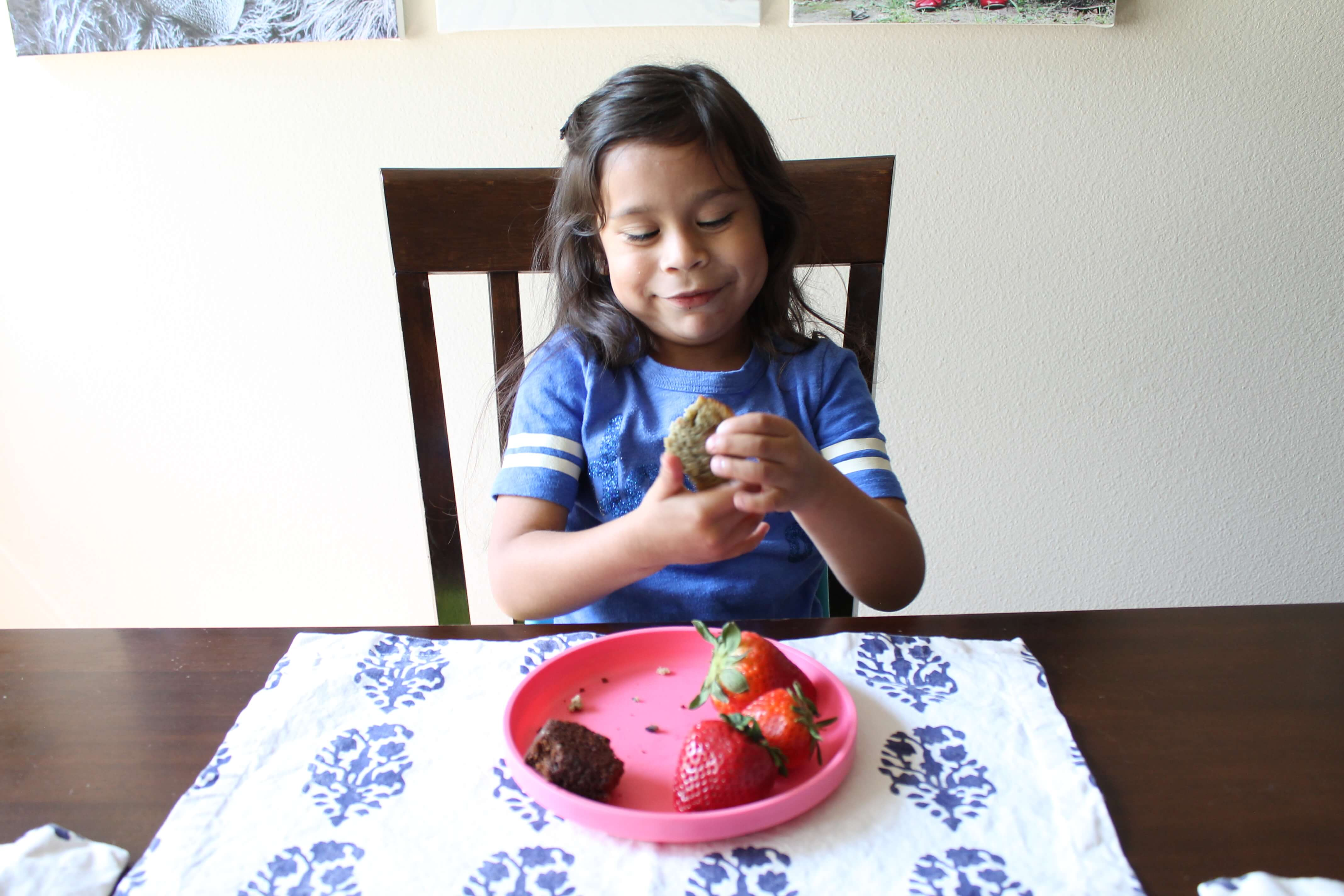 Tried true ways to get your kids to eat more veggies - Garden lites blueberry oat muffins ...