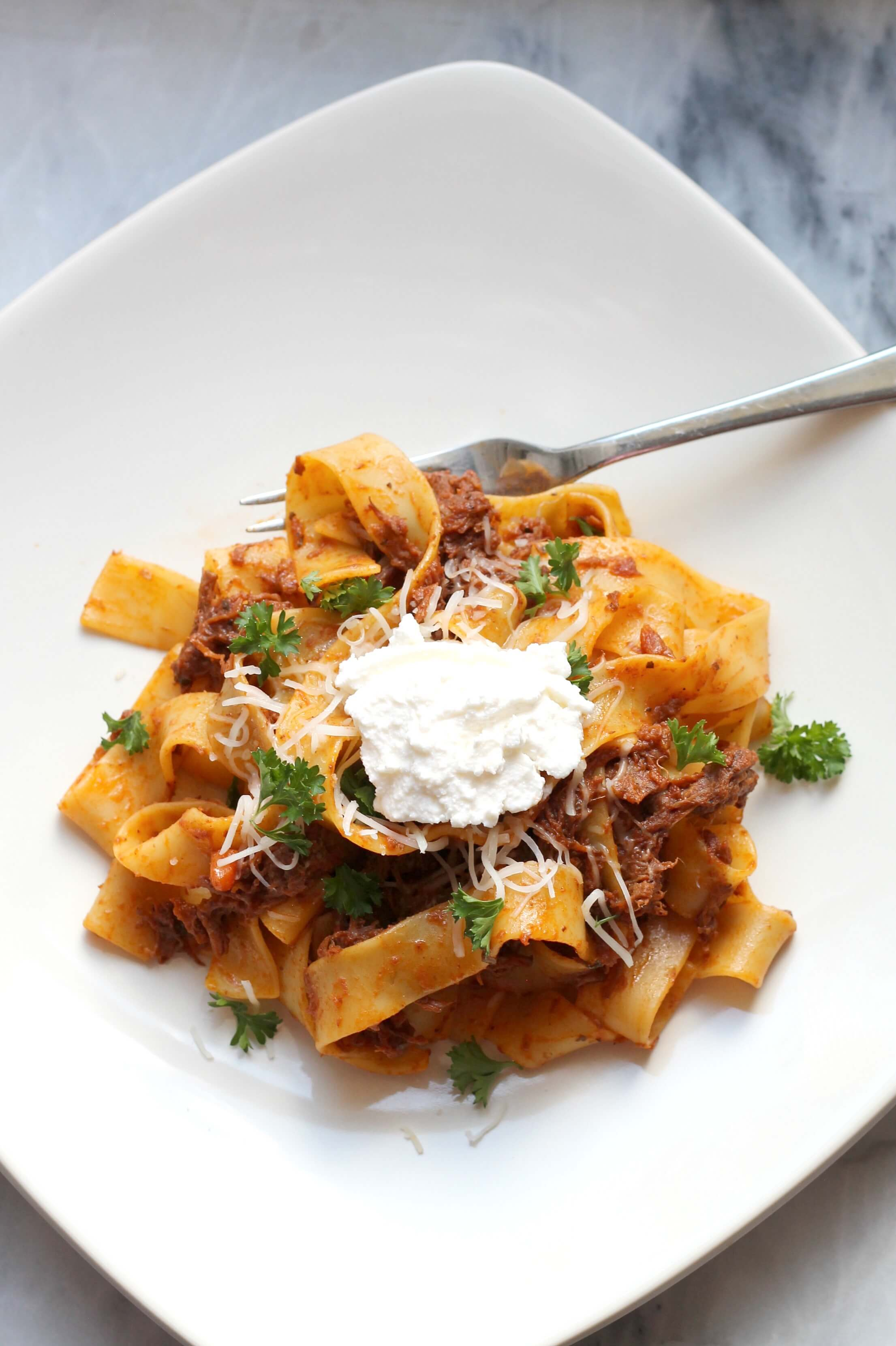 Slow Cooker Beef Ragu with Pappardelle. The best comfort food for a ...
